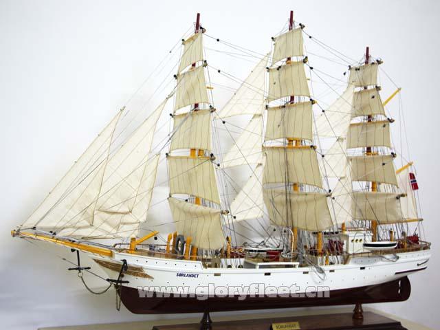 剪式帆船设计图